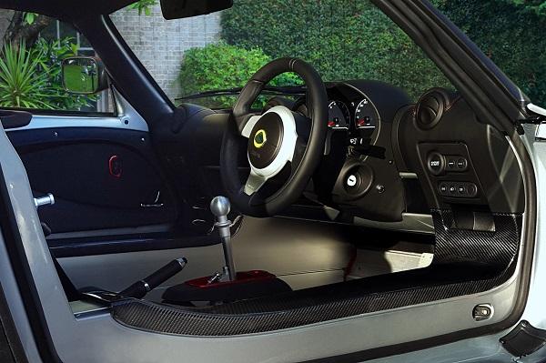 Interior Lotus Exige Sport 380
