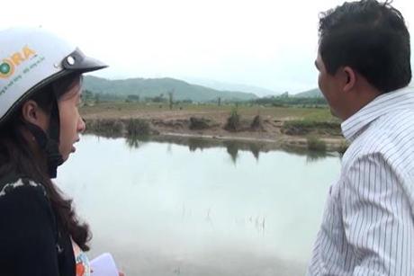 Quảng Ngãi Làm đồng sau lũ một nông dân bị nước cuốn