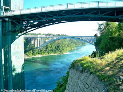 Niagara Falls Observation Tower & Rainbow Bridge
