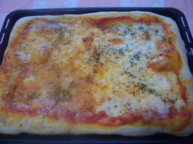 Pizza a los Cuatro Quesos. Receta