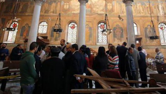 Kondisi di Gereja Katedral Koptik pasca pengeboman (Foto: Amr Abdallah Dalsh/Reuters) (copyright:Detik.com)