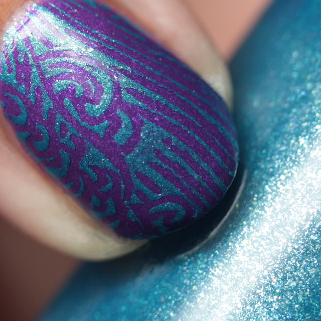 Moonflower Polish Mar Caribe (Caribbean Sea) stamped over Orquideas (Orchids)
