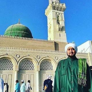 Kumpulan Foto-Foto Habib Syech Terbaru