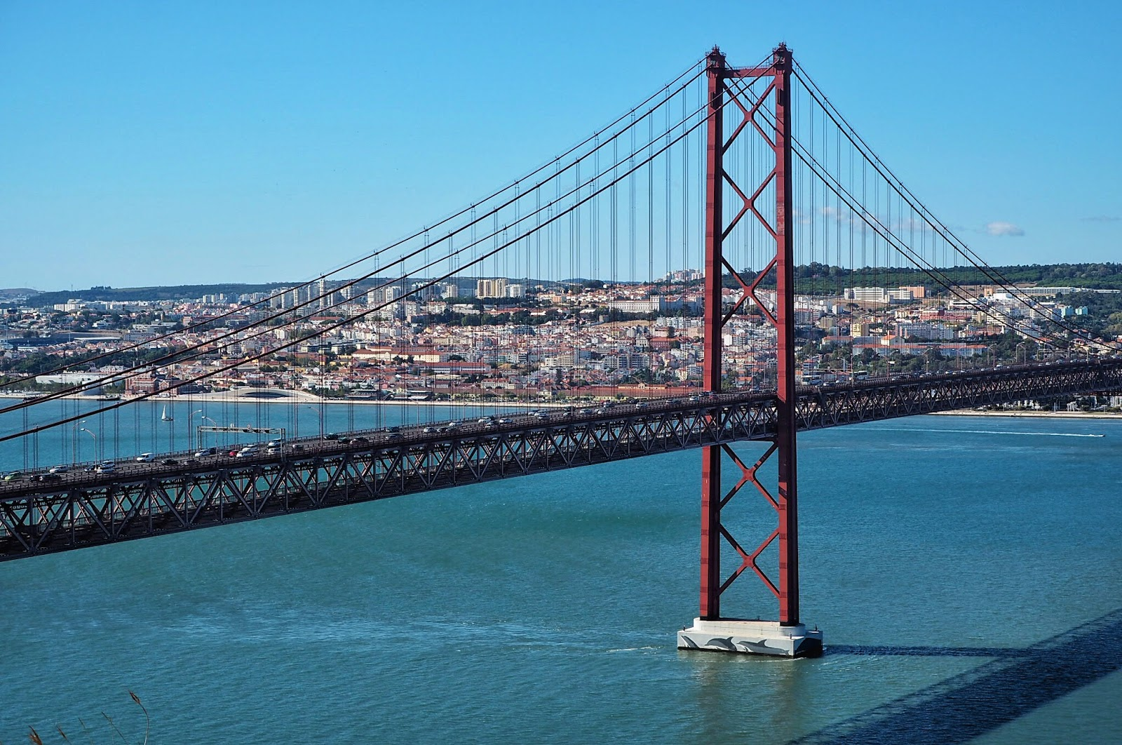 Lisbon's 25 de Abril Bridge