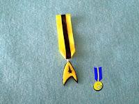 Foto del emblema de Star Trek hecho con fimo