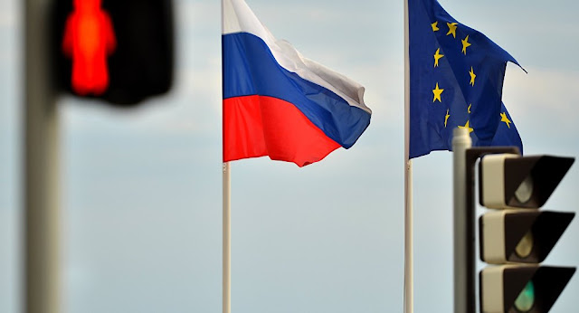 10 EU Countries to Expel Russian Diplomats & Officials