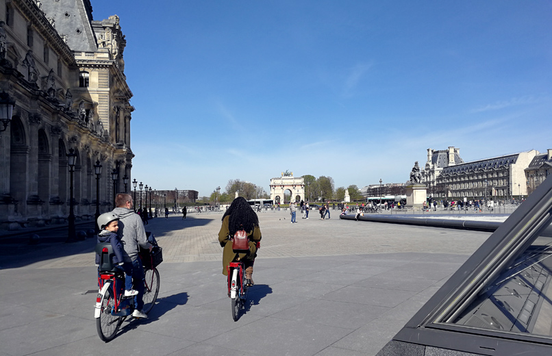 Kids Tour door Paris by Bike