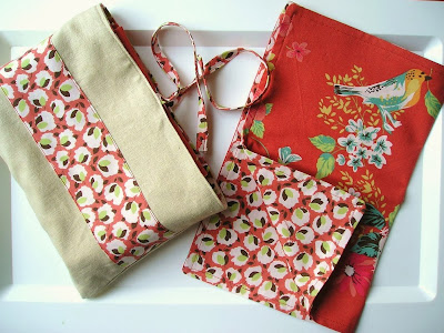 http://angharadhandmade.blogspot.co.uk/2008/04/napkin-set-tutorial_06.html