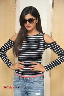 Actress Sushma Raj Pictures in Jeans at Radio City 91.1 FM for Eedu Gold Ehe Movie Promotion  0092.JPG