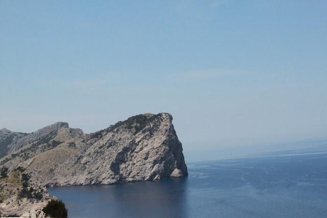 Schroffe Felsen am Cap de Formentor