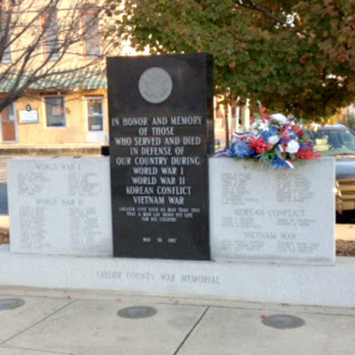 Taylor County War Memorial in Campbellsville Kentucky