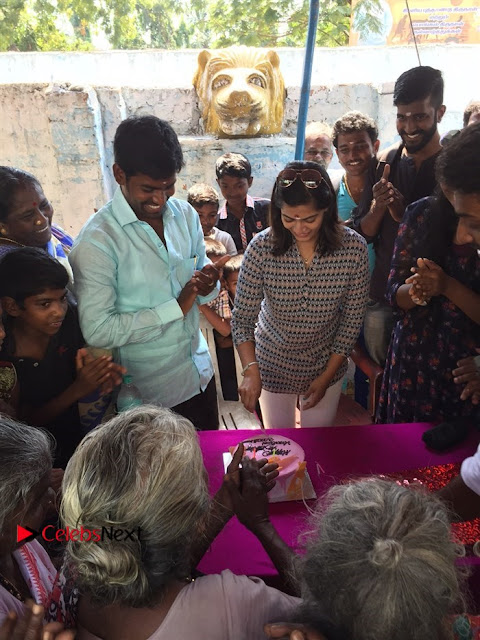 Tamil Actress Varalaxmi Sarathkumar Birthday Celetion Stills  0003.jpg