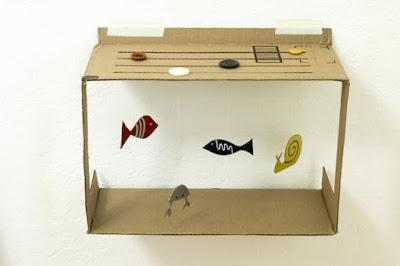 aquarium tiruan dari kardus kerajinan kreatif