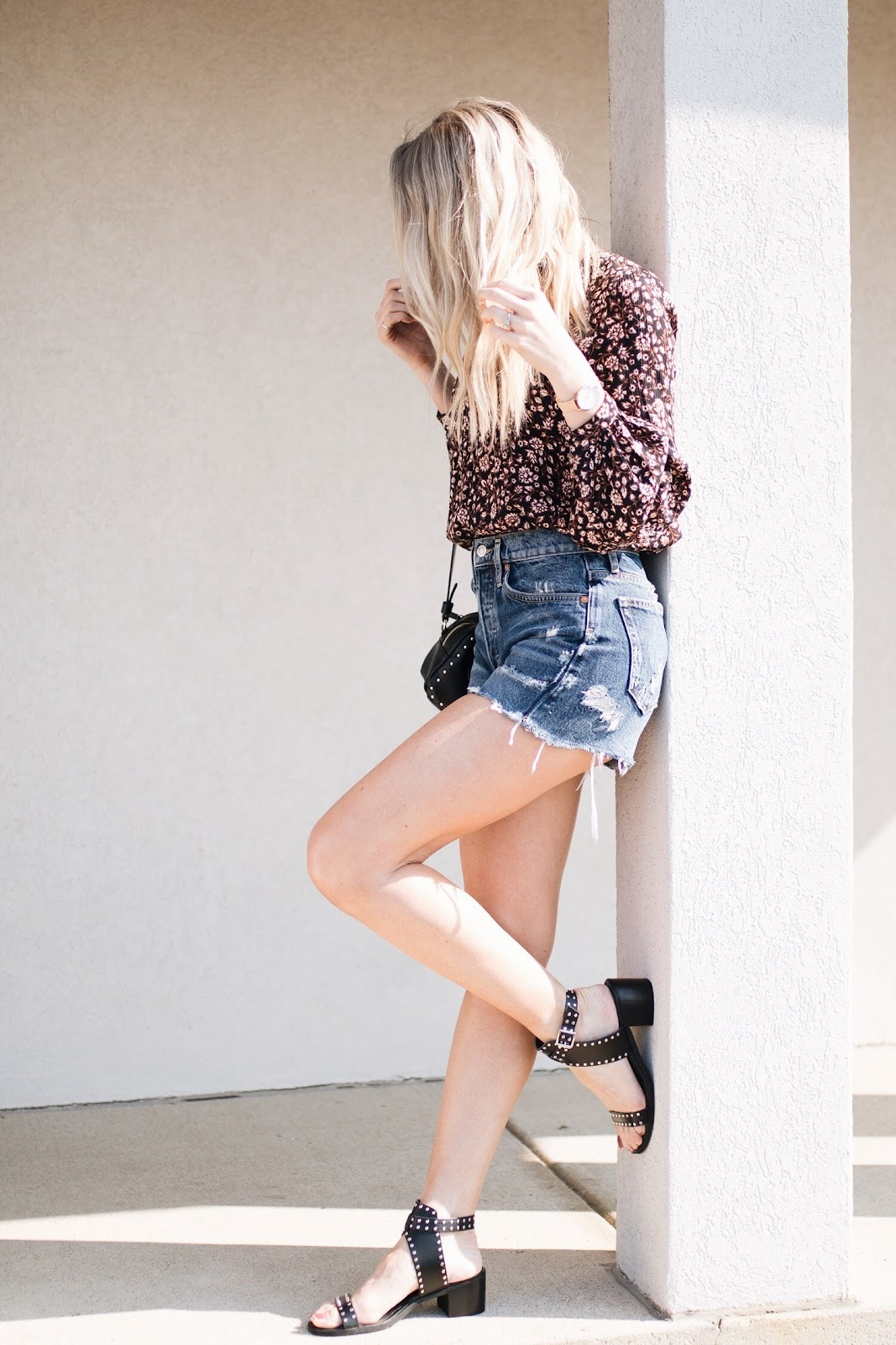 how to style cutoff shorts for spring