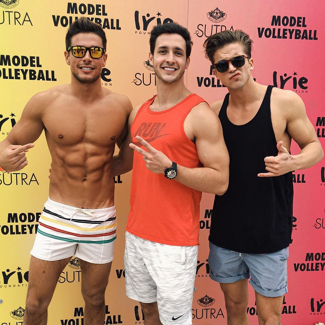 three-sexy-dudes-posing