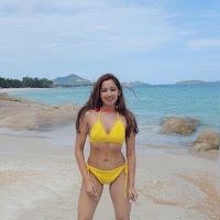Twinkle Govindani Stunning Indian Instagram Model in Bikinil 010.jpg