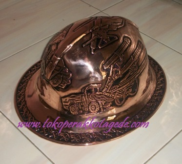helem ukir tembaga - caft of copper metal