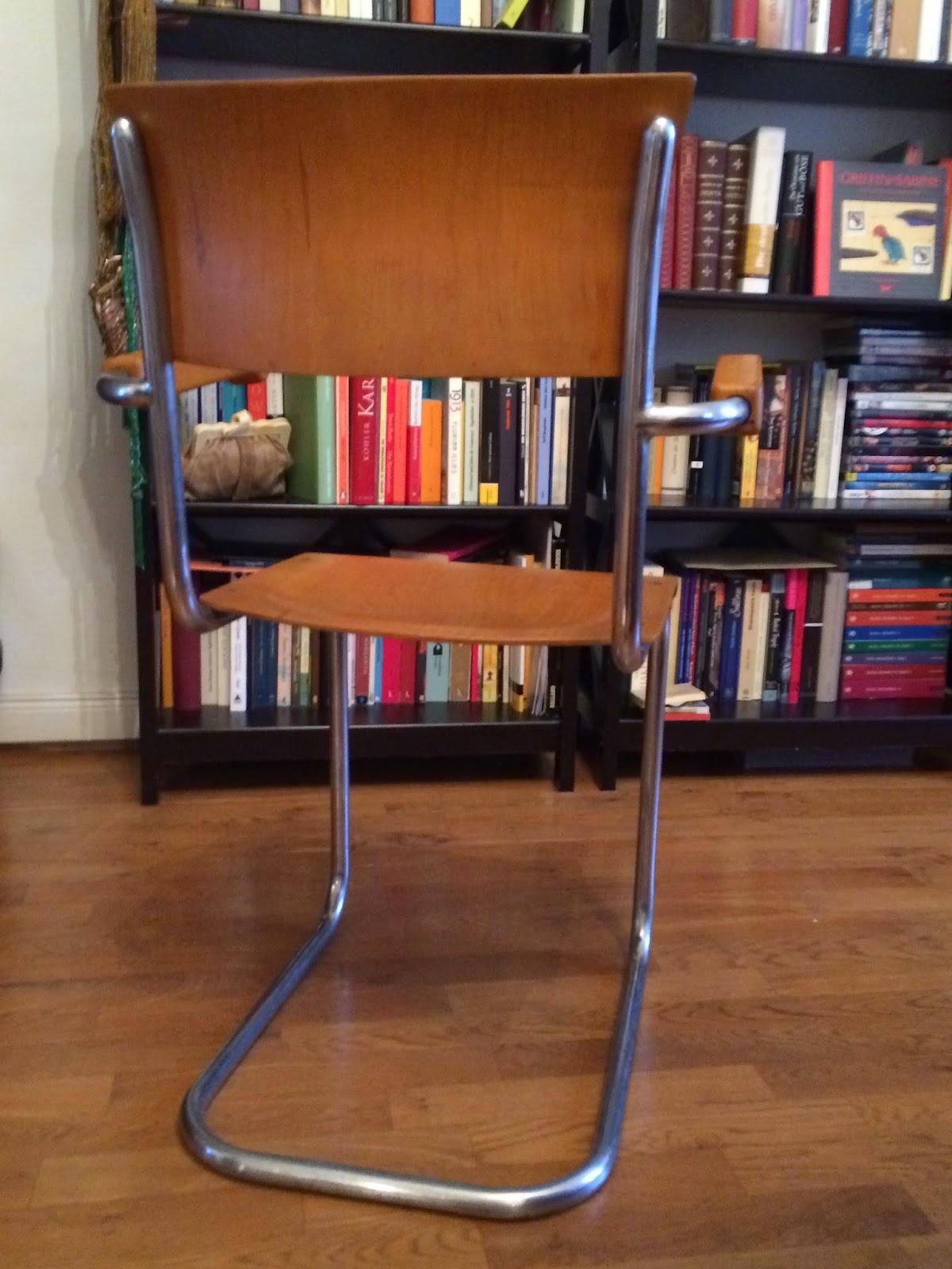Theaterliebe Der Perfekte Stuhl