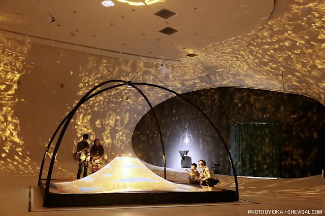 MG 0159 - 台中國家歌劇院│天圓地方,金黃光影美得讓人屏息!首次於台灣亮相的作品現在免費看!