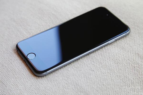 Thay màn hình iPhone 6, 6S, 6 Plus