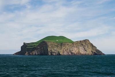Entre las Islas de Islandia encontramos algunas maravillas como esta isla deshabitada
