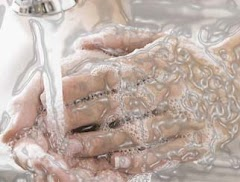 Pada Waktu Kapan Kita Wajib Mencuci Tangan