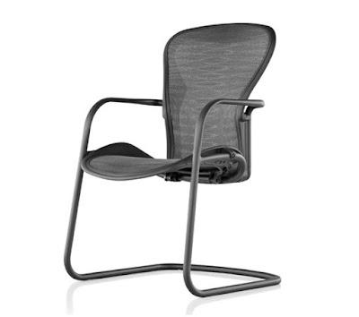 Ghế phòng họp nhập khẩu Aeron  mang lại một cảm giác vững chãi và rất dễ chịu cho người ngồi