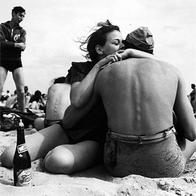 http://kvetchlandia.tumblr.com/post/154154449393/morris-engel-embrace-coney-island-brooklyn