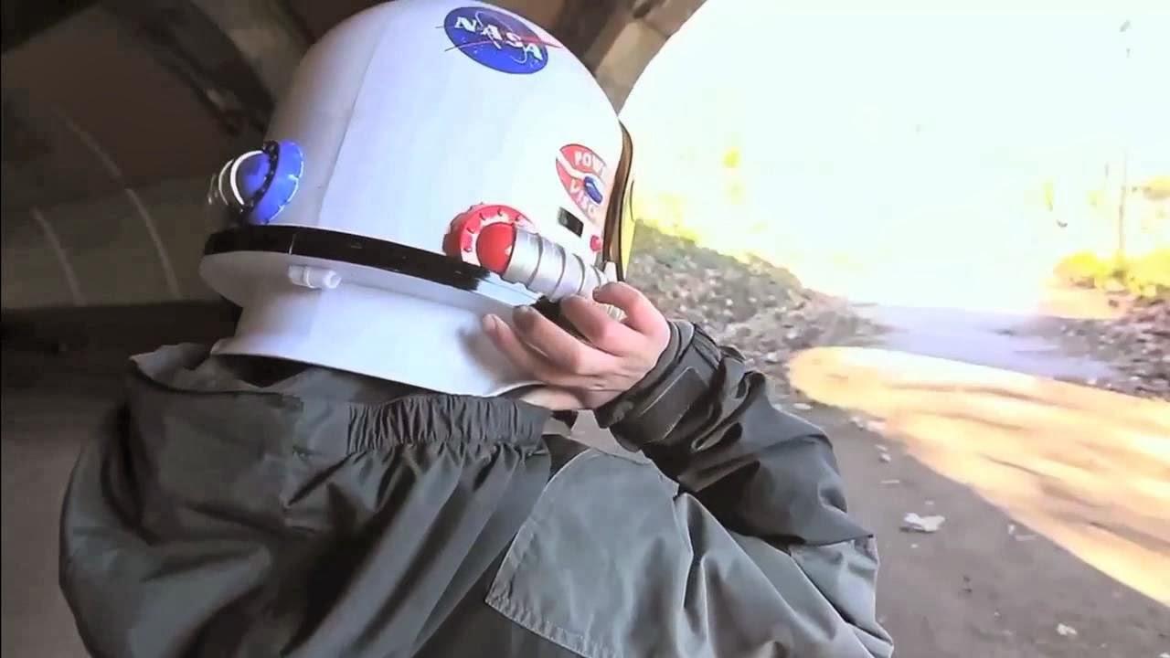 Wonder by RJ Palacio Astronaut Helmet (page 4) - Pics ...
