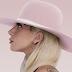"""Billboard asegura que """"Joanne"""" debutará en el #1 de 'Billboard 200'"""