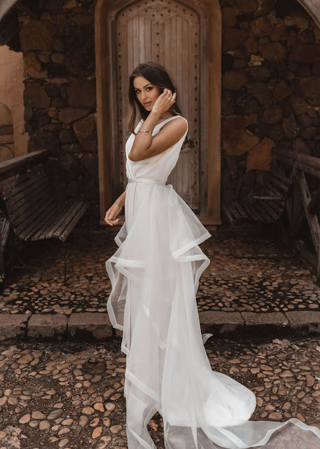 @nathan.lapham detachable trains wedding dresses bridal accessories online boutique bride