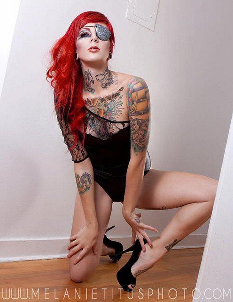 Dark Pink & Red Hair Girls of America -  Hot Hollywood Girls Actress