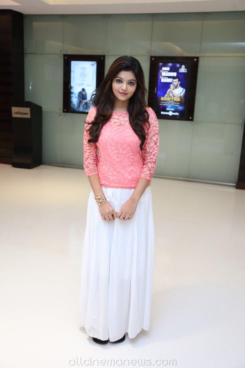 Athulya Ravi at KuranguBommai Premiere Show