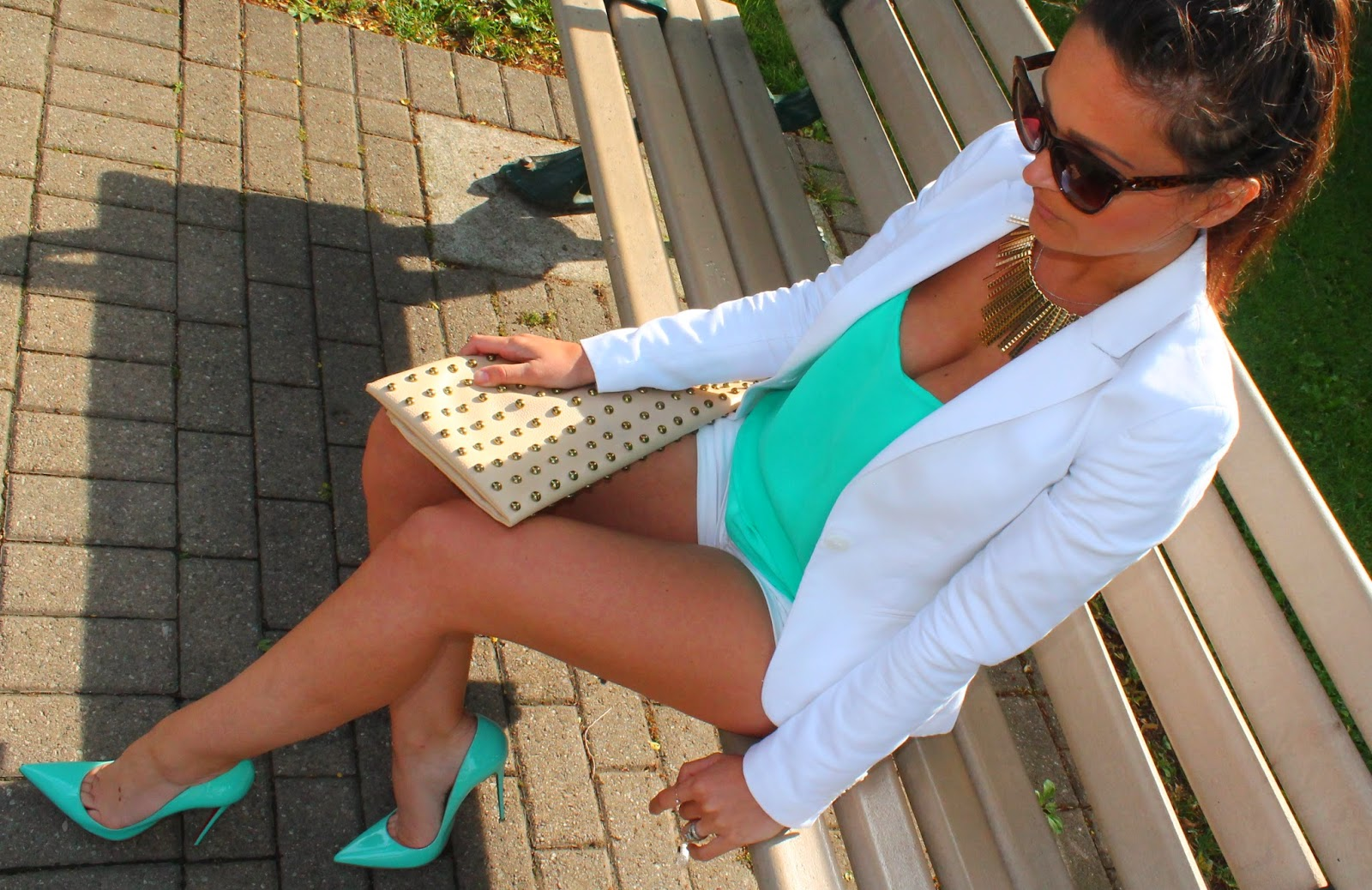 white suit, white blazer, white shorts suit, louboutins, summer suit, toronto street style, canadian fashion blogger, blogerke, summer outfit, studded clutch, best fashion blogger