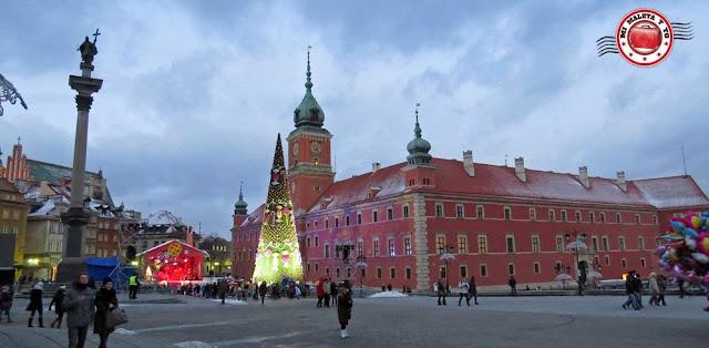 Casco urbano de Varsovia antes de encender la iluminación navideña
