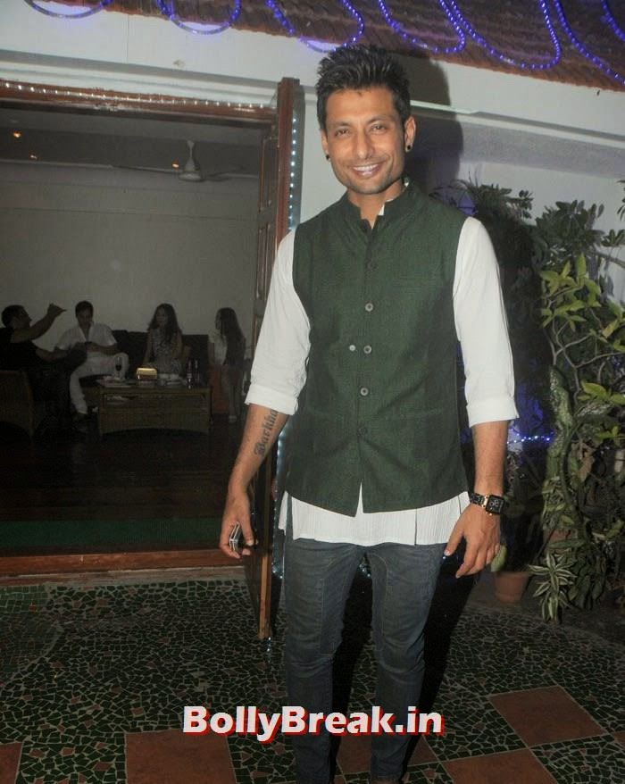 Indraneil Sengupta, Hot Photos from Rowdy Bangalore Team of Box cricket League
