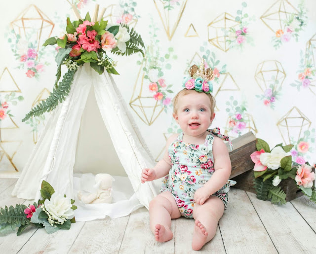 Floral Teepee One Year Cake Smash Session