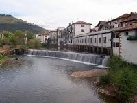 El río Batzán a su paso por Elizondo