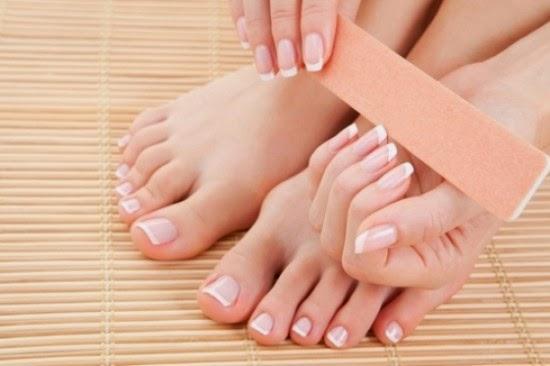 cara merawat kuku kaki dan tangan