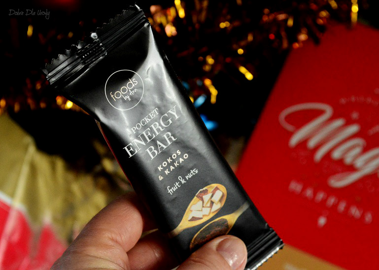 "ShinyBox grudzień "" Where the magic happens "" - Foods By Ann Pocket Energy Bar"