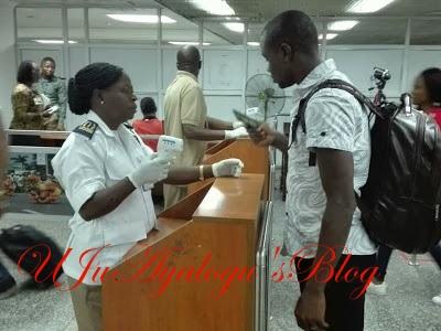 NIGERIAN AIRPORT AUTHORITIES BEGIN SCREENING OF PASSENGERS AGAINST EBOLA (PHOTOS)
