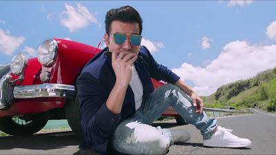 Tera Intezaar Movie Arbaaz Khan Wearing Goggle
