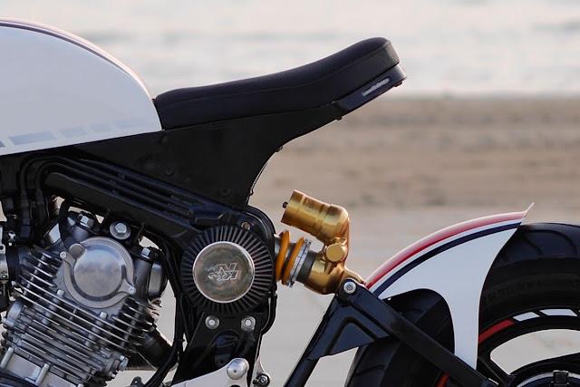Yamaha XV750 Cafe Racer by KSC Daygo