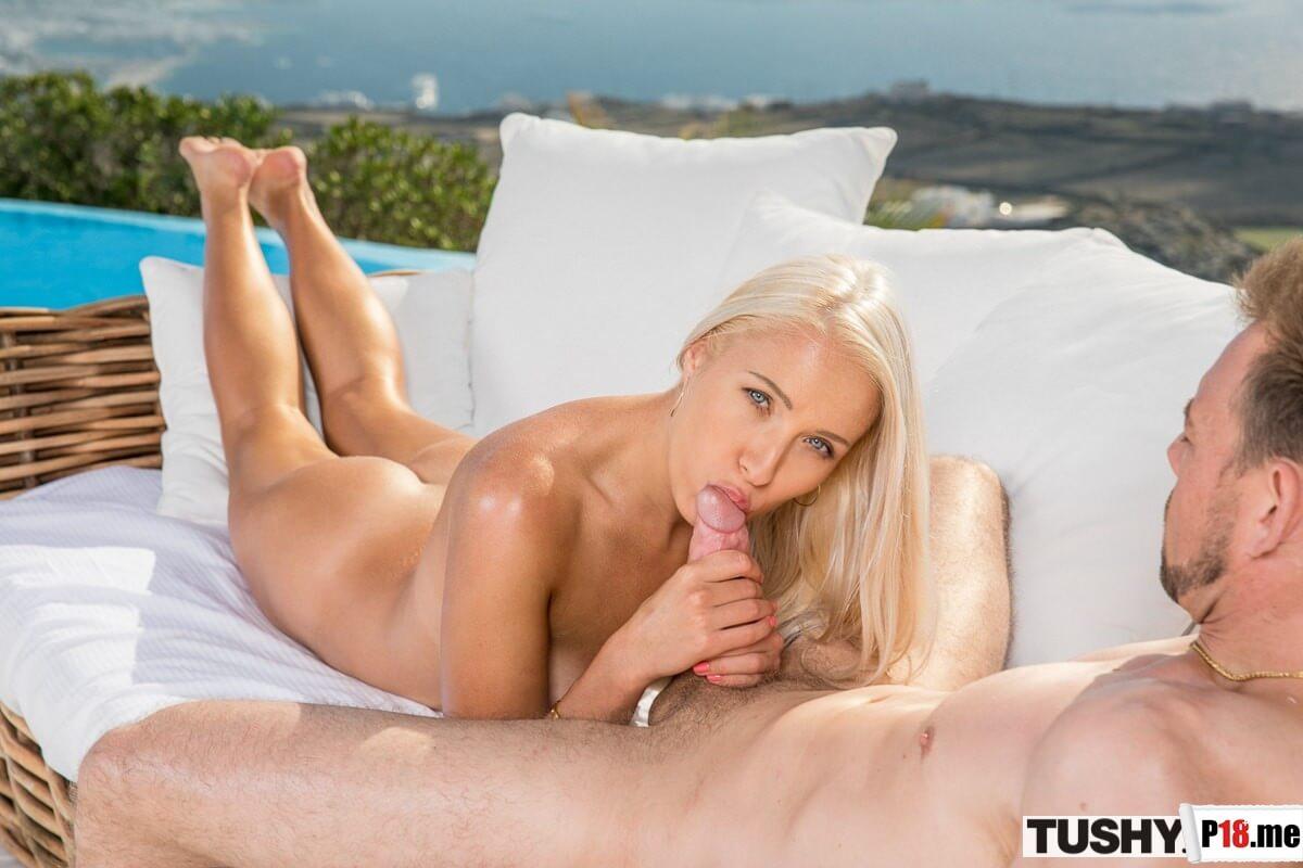 Tushy - Angelika Grays - Before I Leave