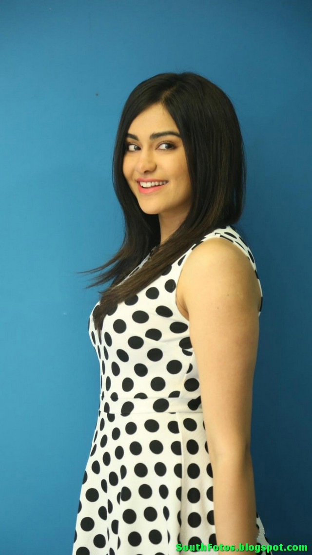Adah Sharma Hot Picture Gallery