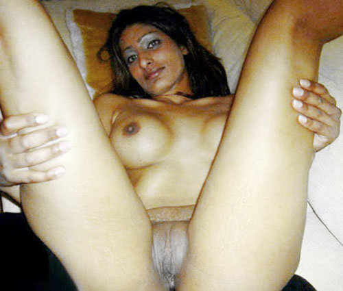 Indian Girls Nude Pic Tamil Aunty Shaving Black Puss Xx Porn Photo-8660