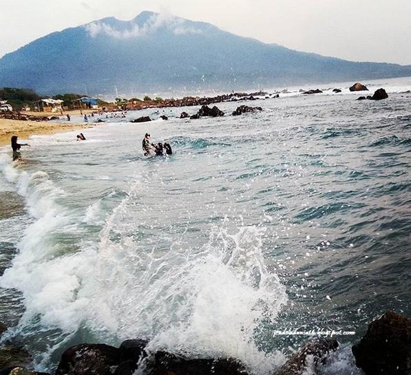 Destinasi Wisata Pantai Kentang Kaliandang Lampung