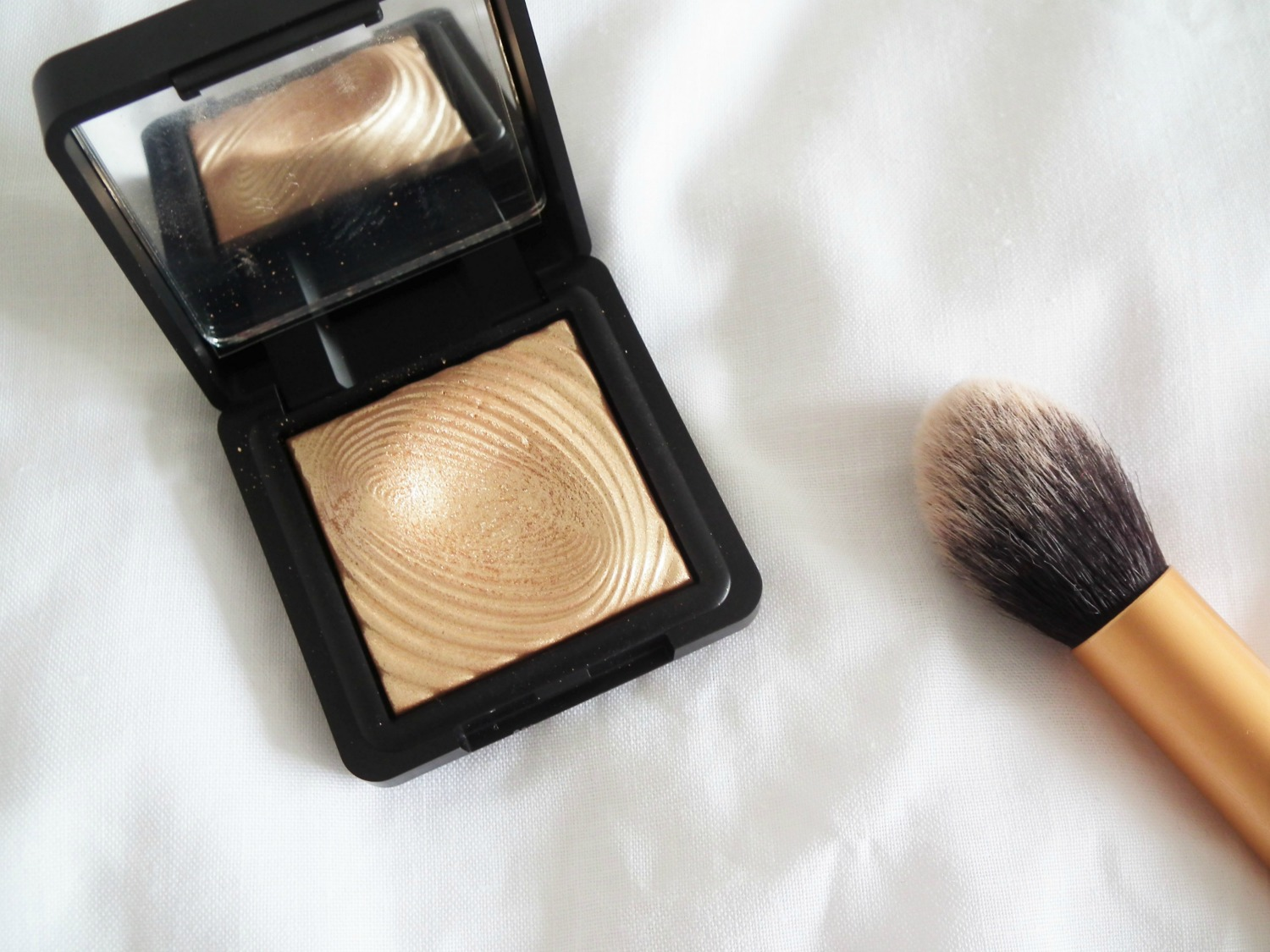 Products I've Loved This Month Kiko 208 Eyeshadow