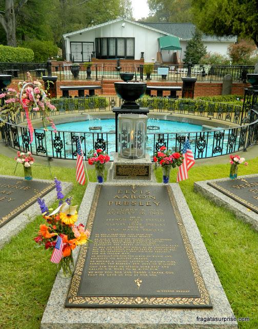Túmulo de Elvis Presley em Graceland