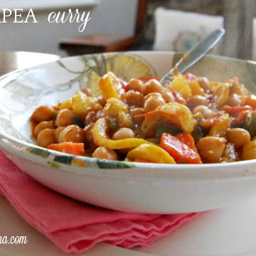 Healthy and Quick 30 Minute Chickpea Curry Recipe
